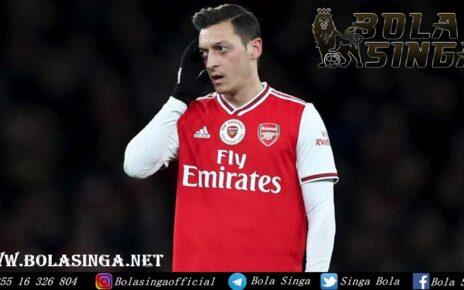 Arsenal Mau Akhiri Kontrak Mesut Oezil Lebih Cepat